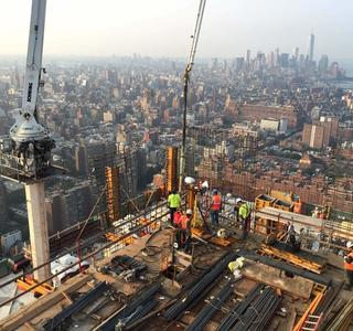 48th Floor Concrete Pour at 10HY - courtesy of Geoff Butler